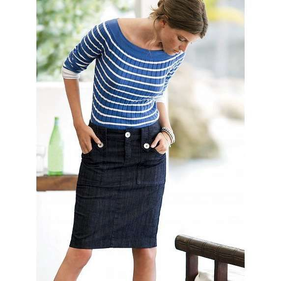 A good jean skirt will take you far in life. With a dark denim pencil skirt like this? Well, I imagine you could rule the world.