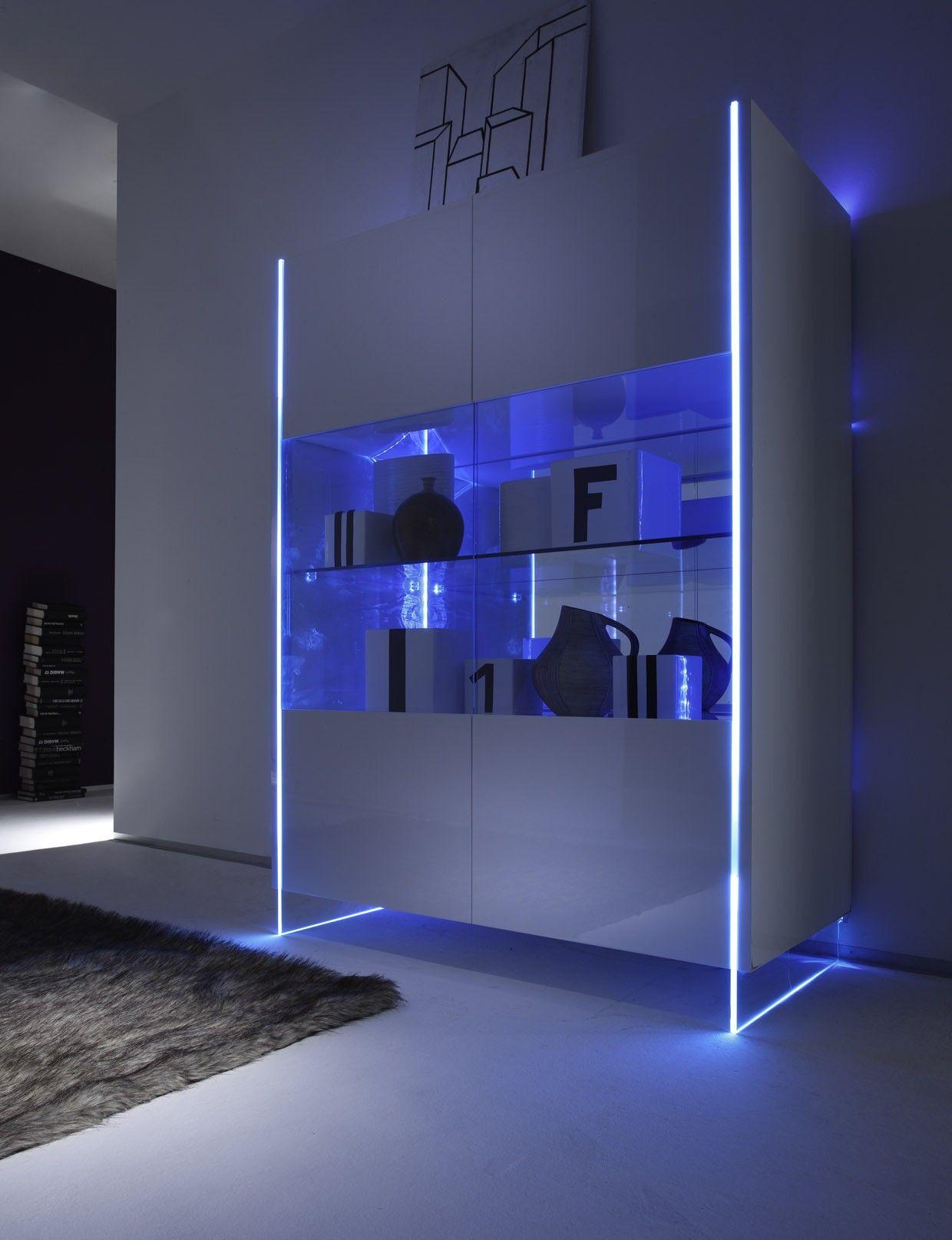 Vitrine moderne laquée blanche - Meuble de salon design - Meuble et ...