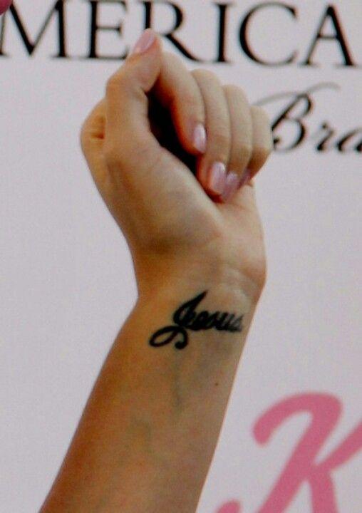 Name Wrist Girly Tattoo Designs Valoblogi Com