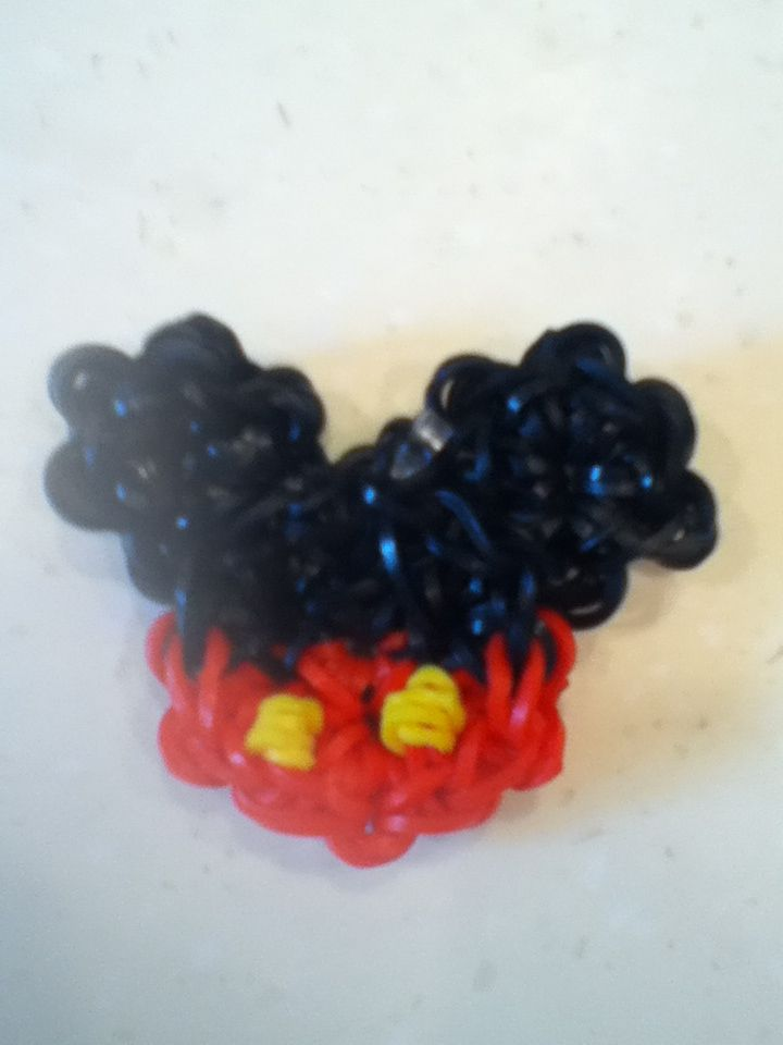 If you would like to make Mickey Mouse with one loom go to tutorialbyA she has a video