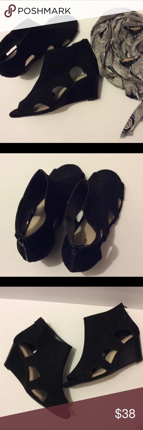 Women's Torrid Cutout Wedge Shoes Size