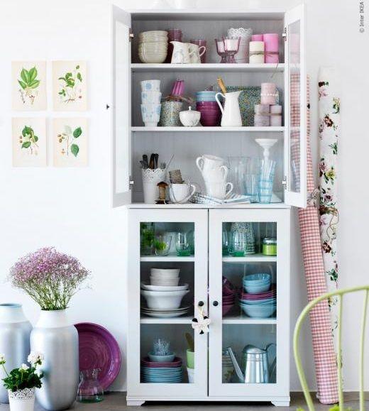10 aparadores y vitrinas ikea para decorar tu sal n - Aparadores para cocina ...