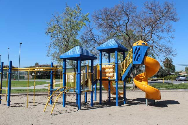 Fun Stuff To Do With Kids Long Beach Playground Review Stearns Champions Park