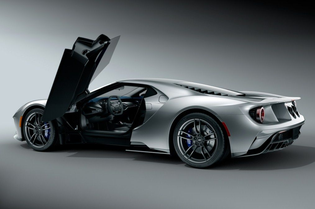 2017 Ford Gt Review Design Engine Performance Price And Drivetrain