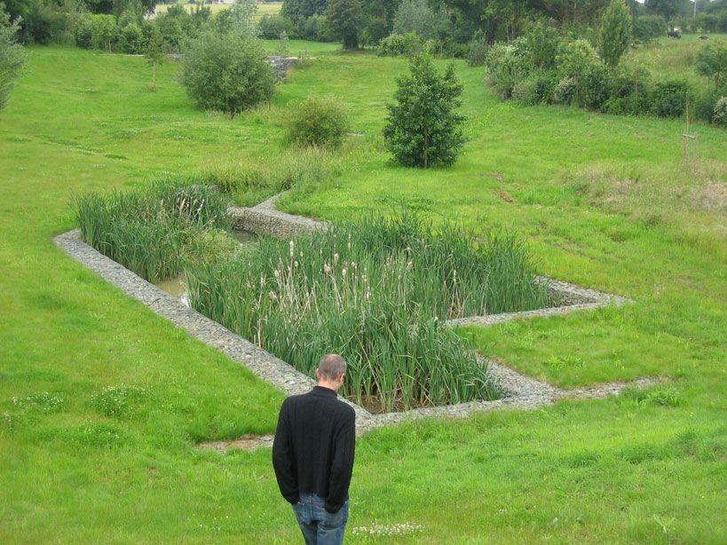 Rouillon bassins de r tention phytolab agence paysage environnement bioretention rain - Terrassement bassin de retention ...