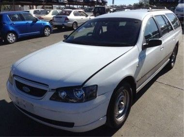 Wrecking 2002 Ford Ba Falcon Xt Wagon With Factory Gas Ba Falcon