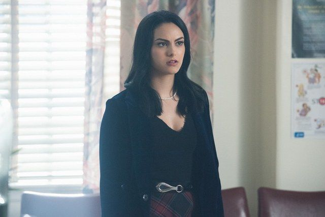 The First Photos Of Riverdale Season 2 Are Here And They Re