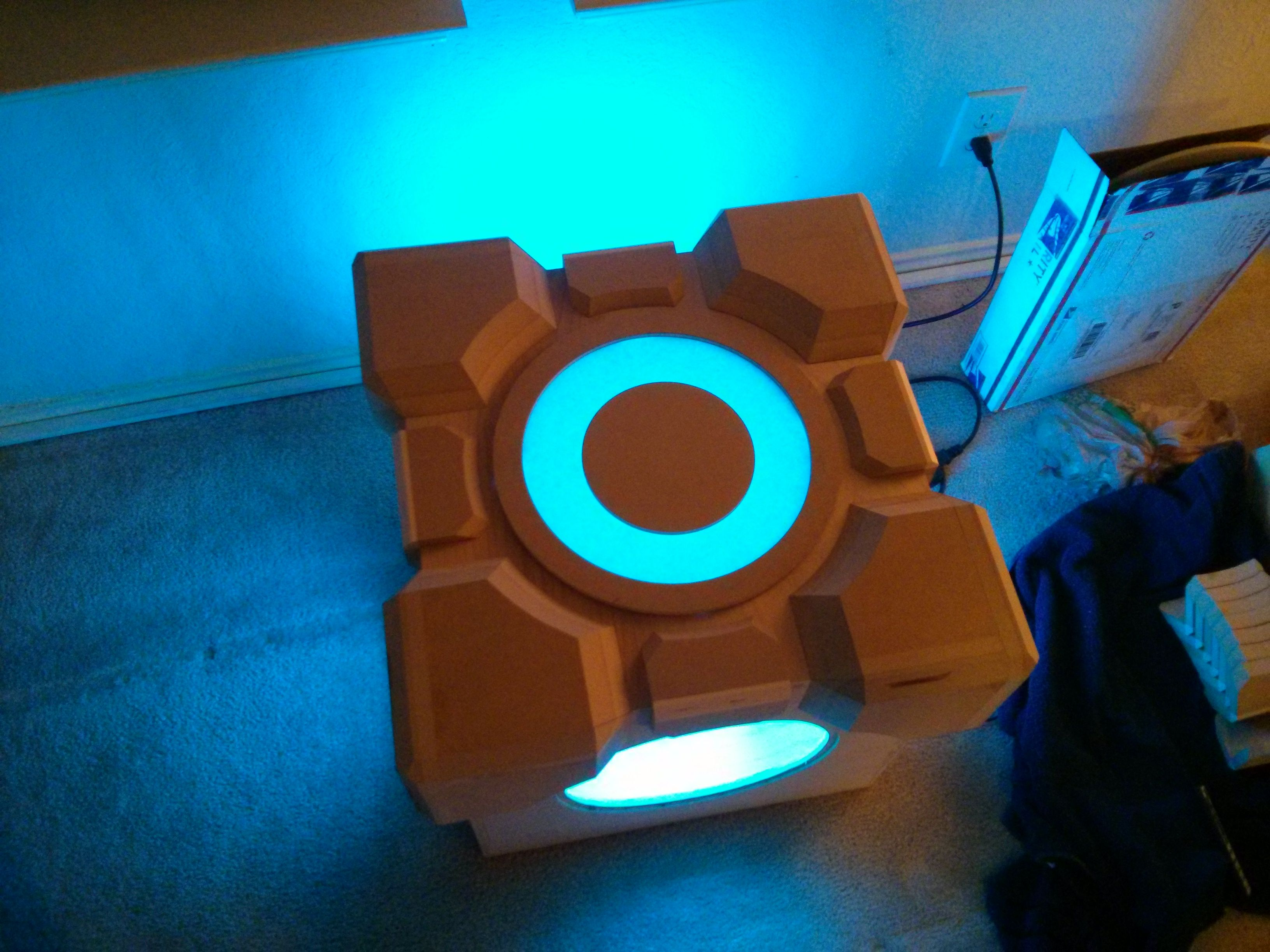Celebrate Portal with this amazing DIY weighted storage cube table & This u0027Portalu0027 fan built an amazing weighted storage cube table ...