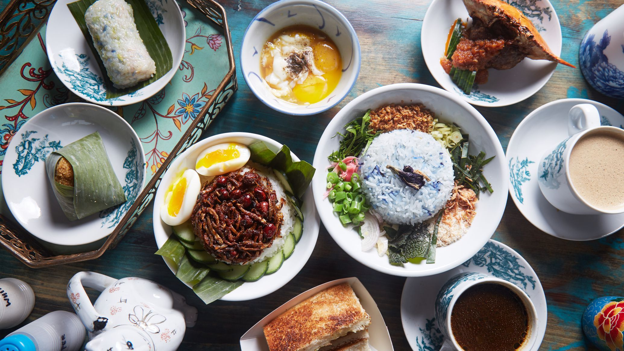 Malaysian Hit Kopitiam Returns To Nyc As A Colorful All Day Restaurant Nyc Food Nyc Restaurants Food