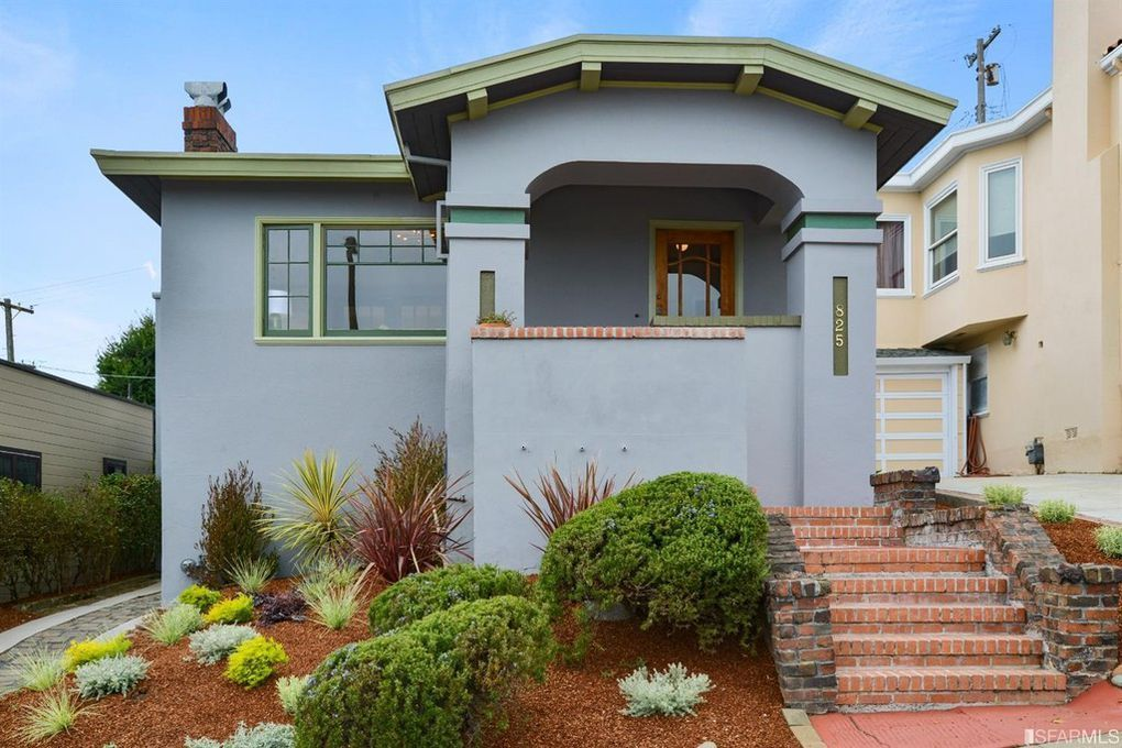 Classic Westwood Park Bungalow With Panoramic Views That Sweep
