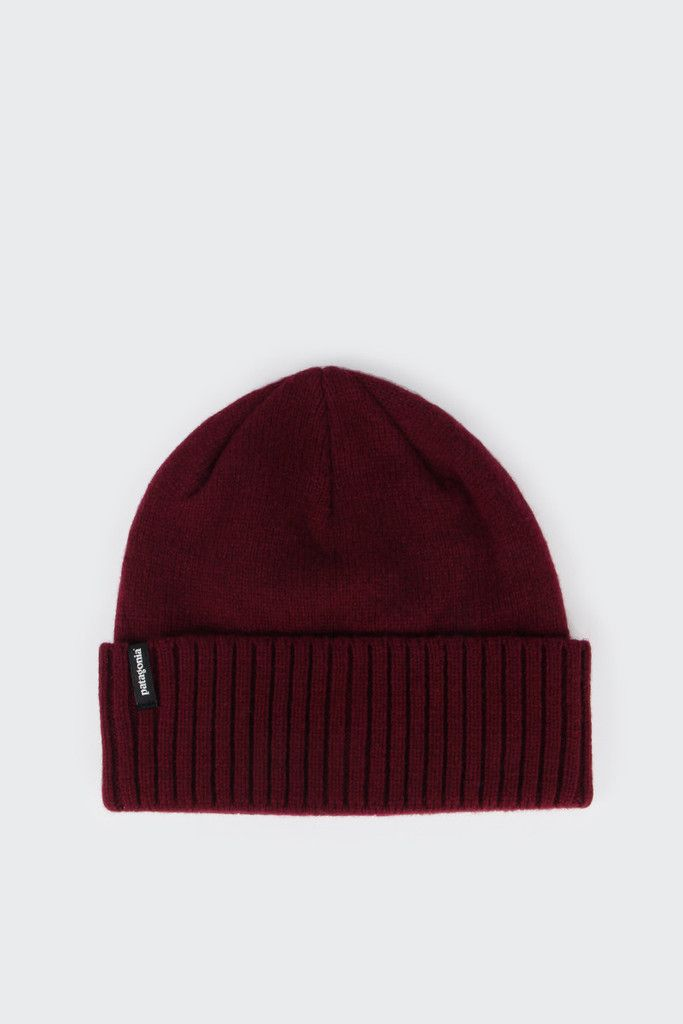 4072122cd4d Patagonia Brodeo Beanie - oxblood redFit  One size fits mostMaterial   Wool nylon- Made of a chlorine-free Shetland wool nylon blend- 2.5
