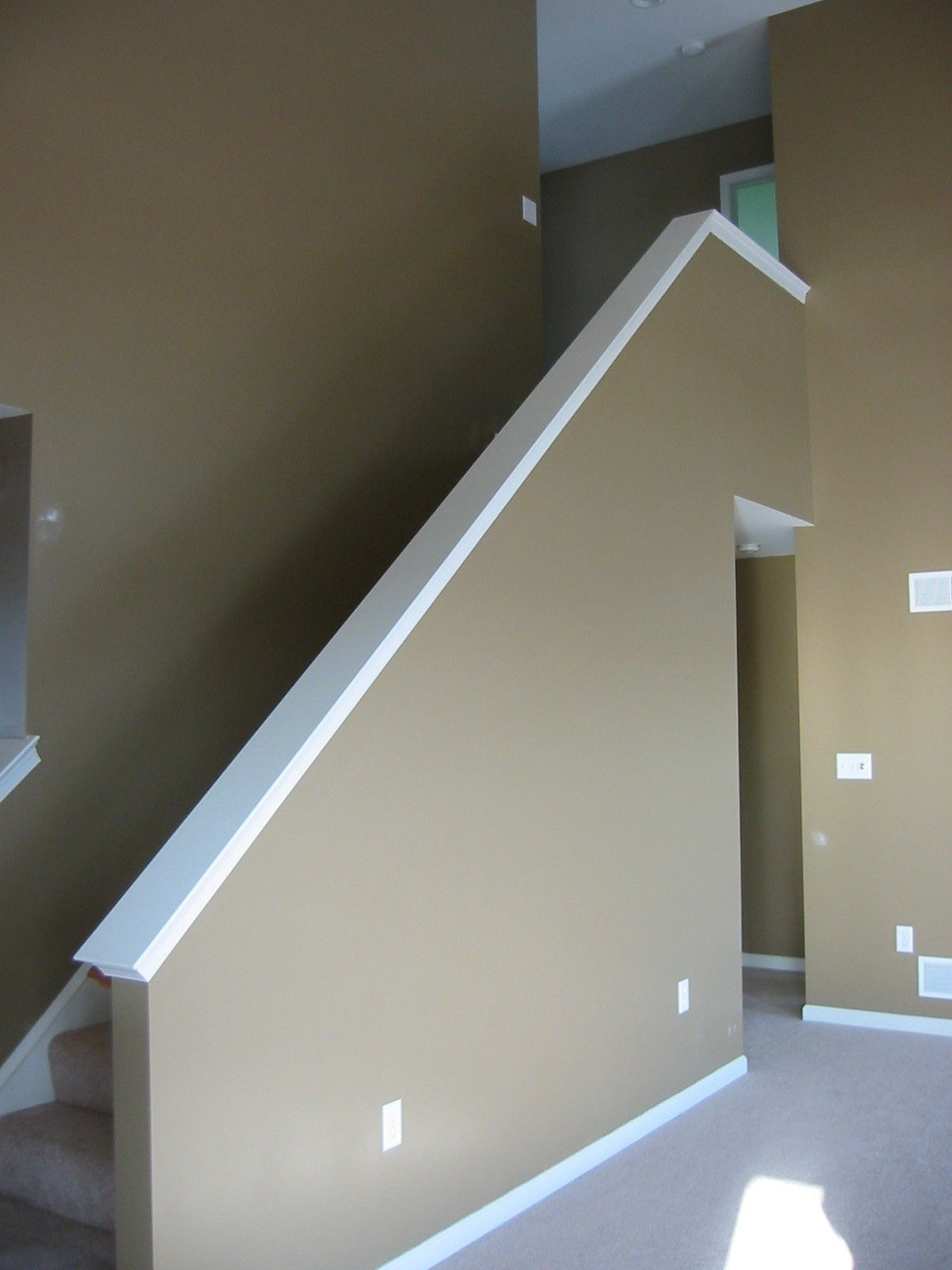 Best Included Stairway Half Wall With Carpet Half Walls 400 x 300