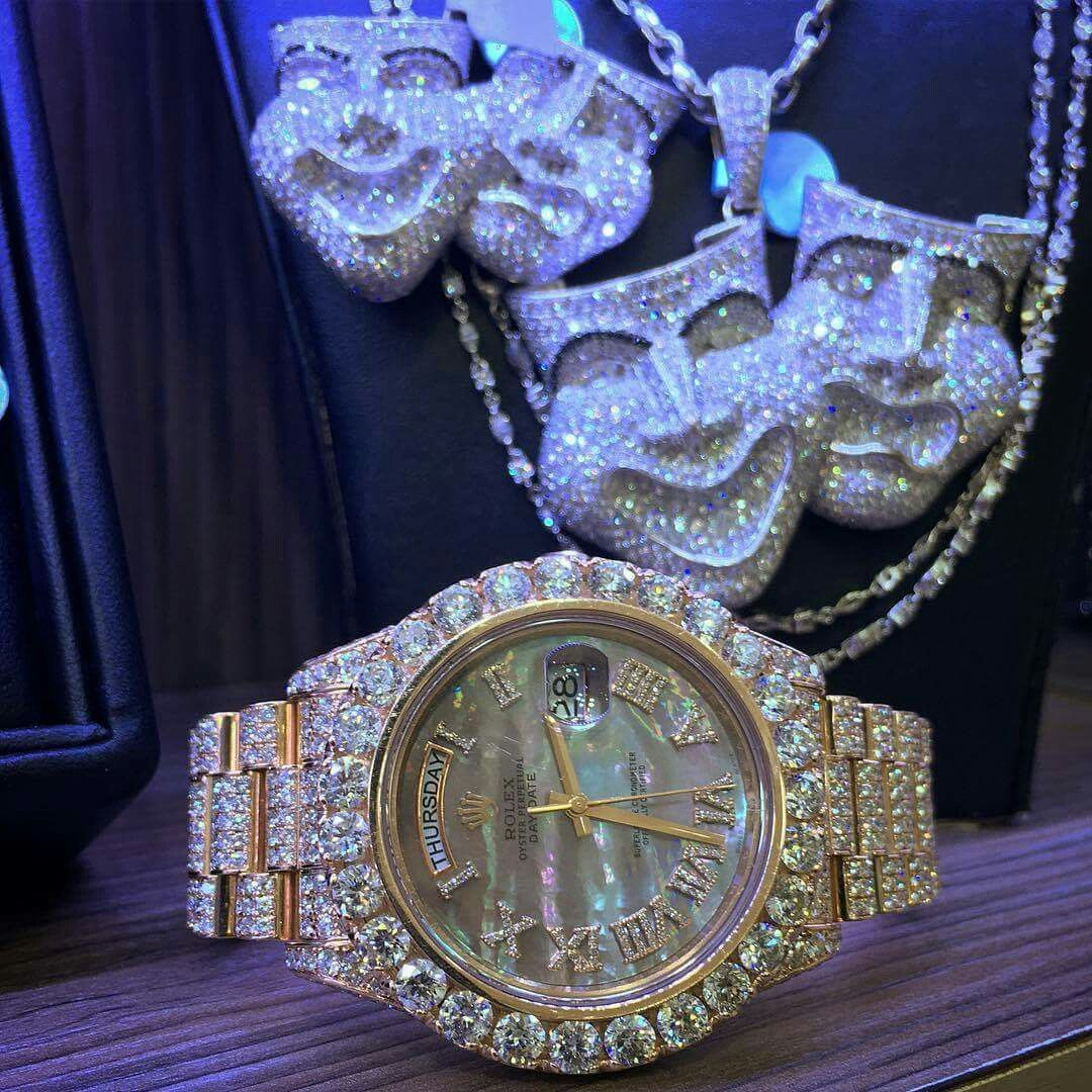 redd offset of part black top chains kodak rapper expensive trippie watch
