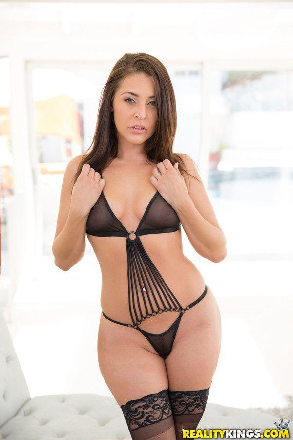 christina aguilera tits pussy nude