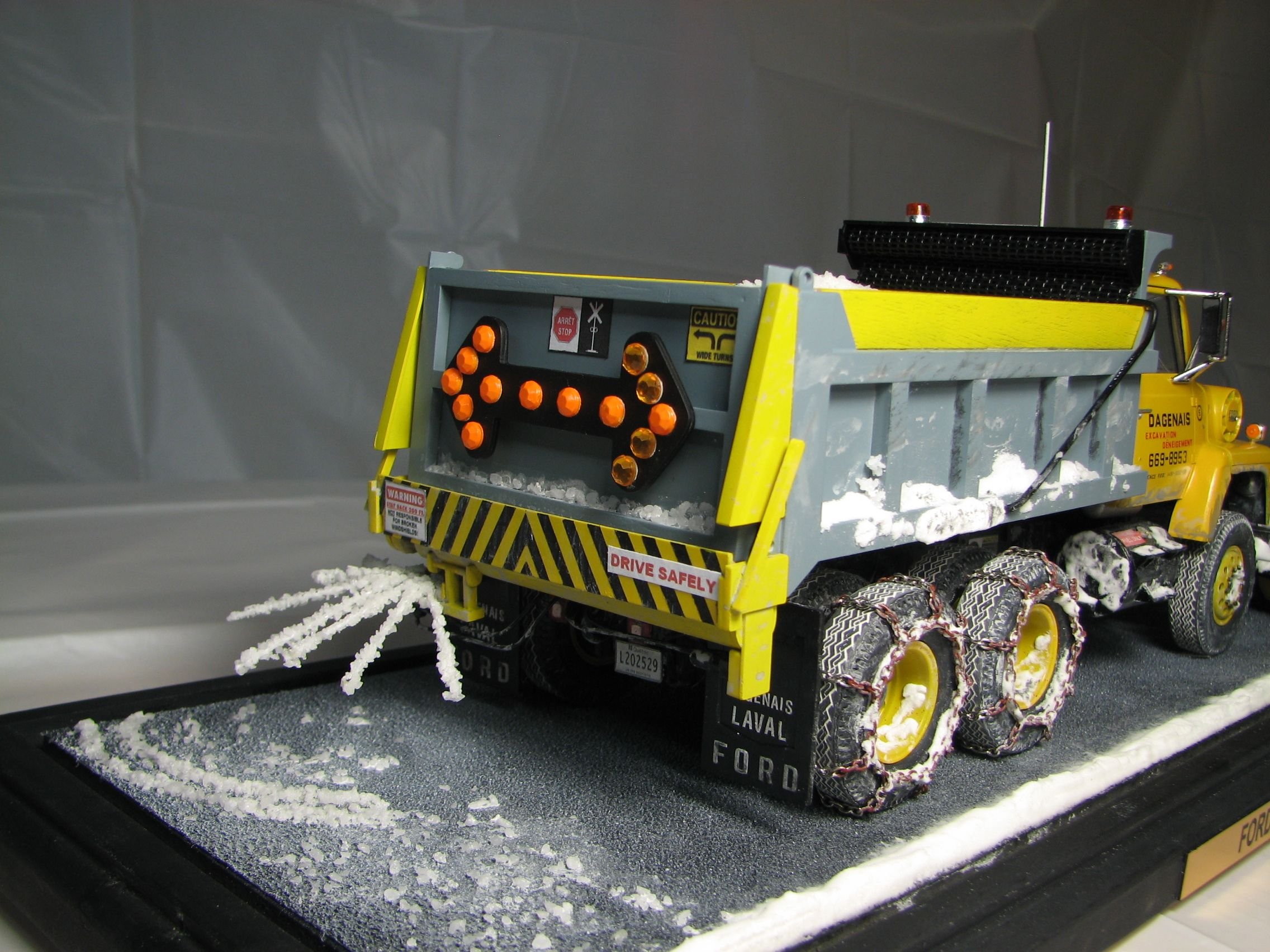 AMT Ford LNT-8000 Snowplow 1/25 | Heavy Trucks Models | Gros ... Ford Lnt Wiring Schematic on