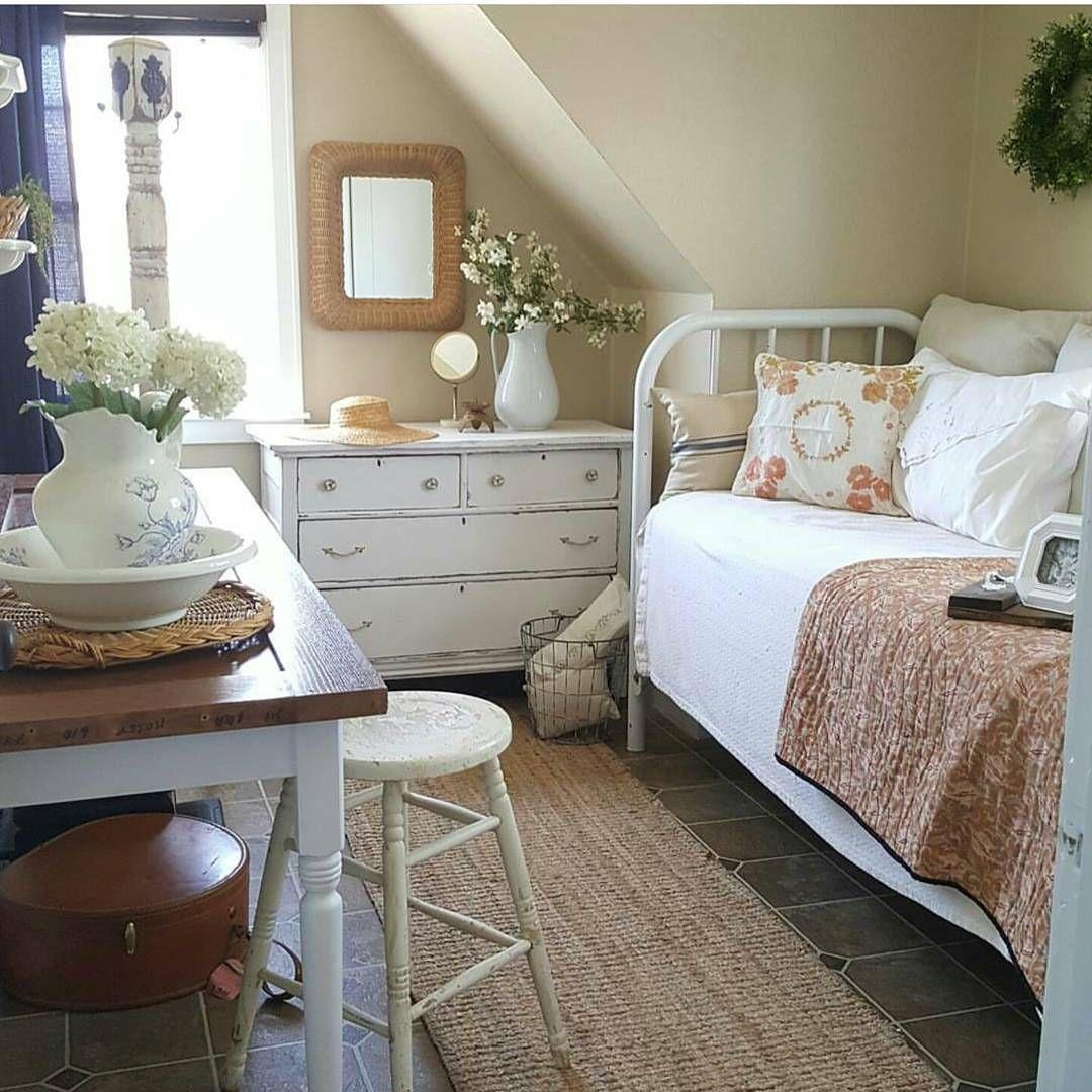 13+ Impressive Attic Bedroom Rug Ideas In 2020