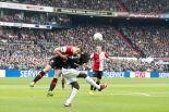 Feyenoord standvastig in titelrace
