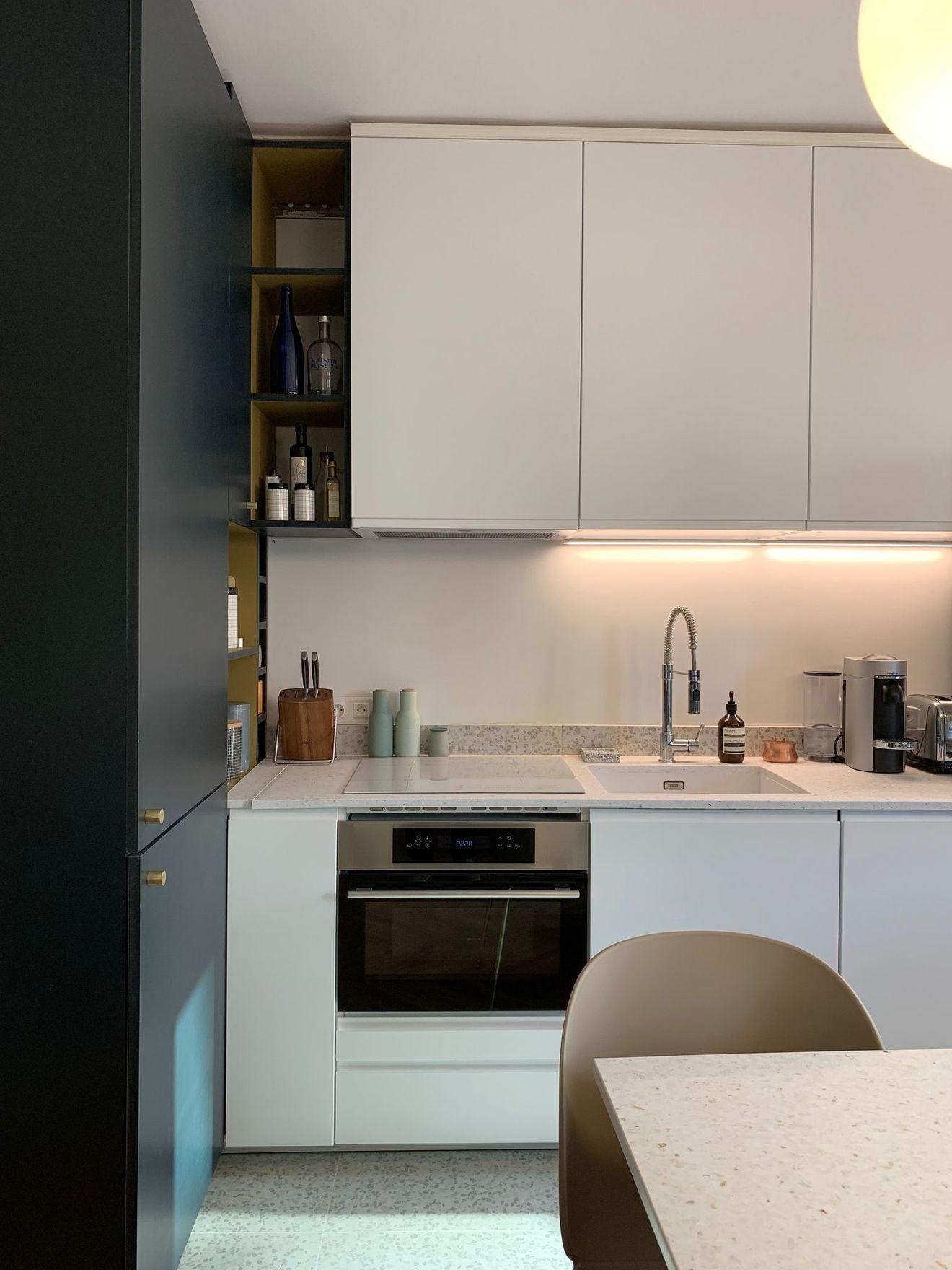 Appartement Paris 3 Renovation 50 M2 Avec Balcon Avec Images
