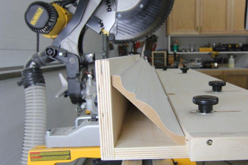 Capturedcrownjpg woodworking jigs crown molding jig