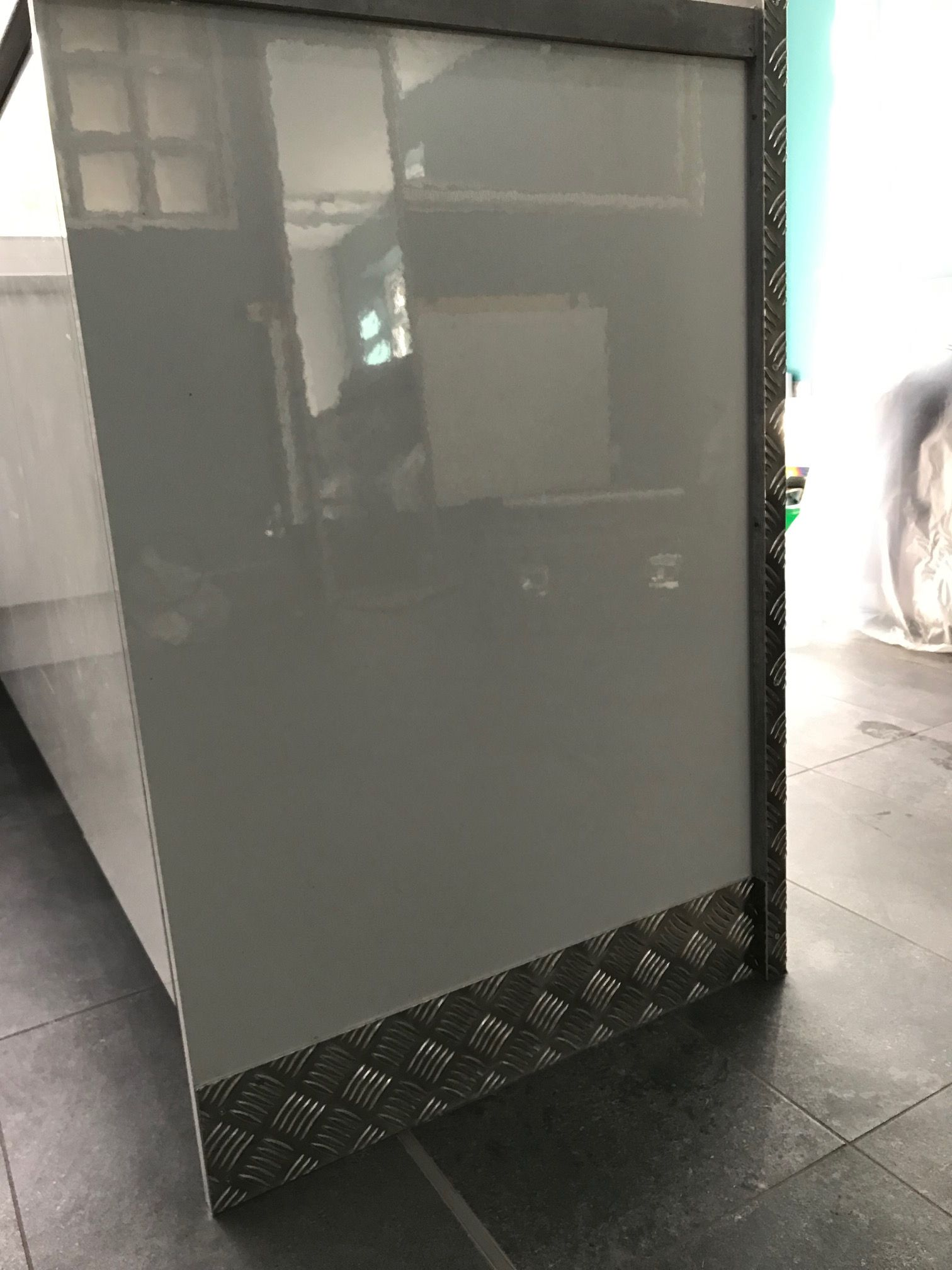Buy Checker Plate Corner Guards On Our Website Www Chequerplatedirect Co Uk Checkerplate Tre Corner Guards Home Diy Checkered