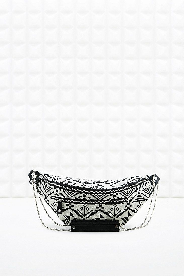 Pieces Siabella Tapestry Shoulder Bag in Black and White