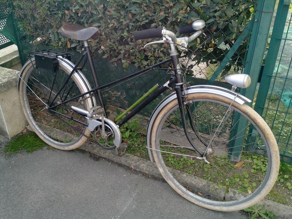 Vintage vélo route du nord de style chrome guidon