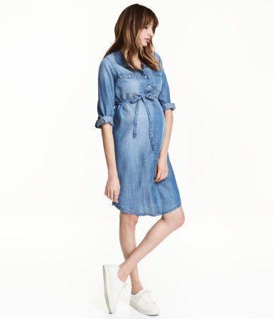 Rabattgutschein näher an Top Design MAMA dress from Lyocell   Blue   Women   H & M DE   P ...