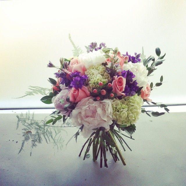 Summer bouquet #bridalbouquet #peonies  #floraldesign