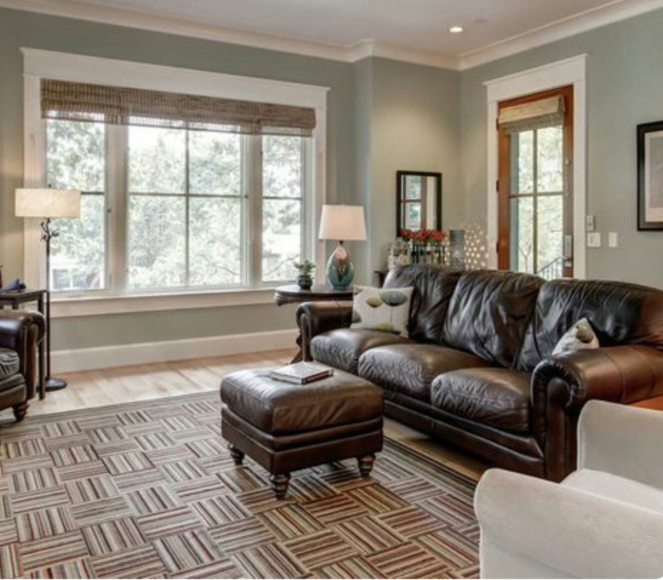 "Best Living Room Paint Colors: Love The Sherwin Williams Wall Color, ""Contented"""