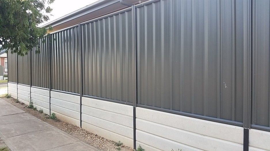 800mm High Retaining Wall Adelaide 1800 Woodland Grey