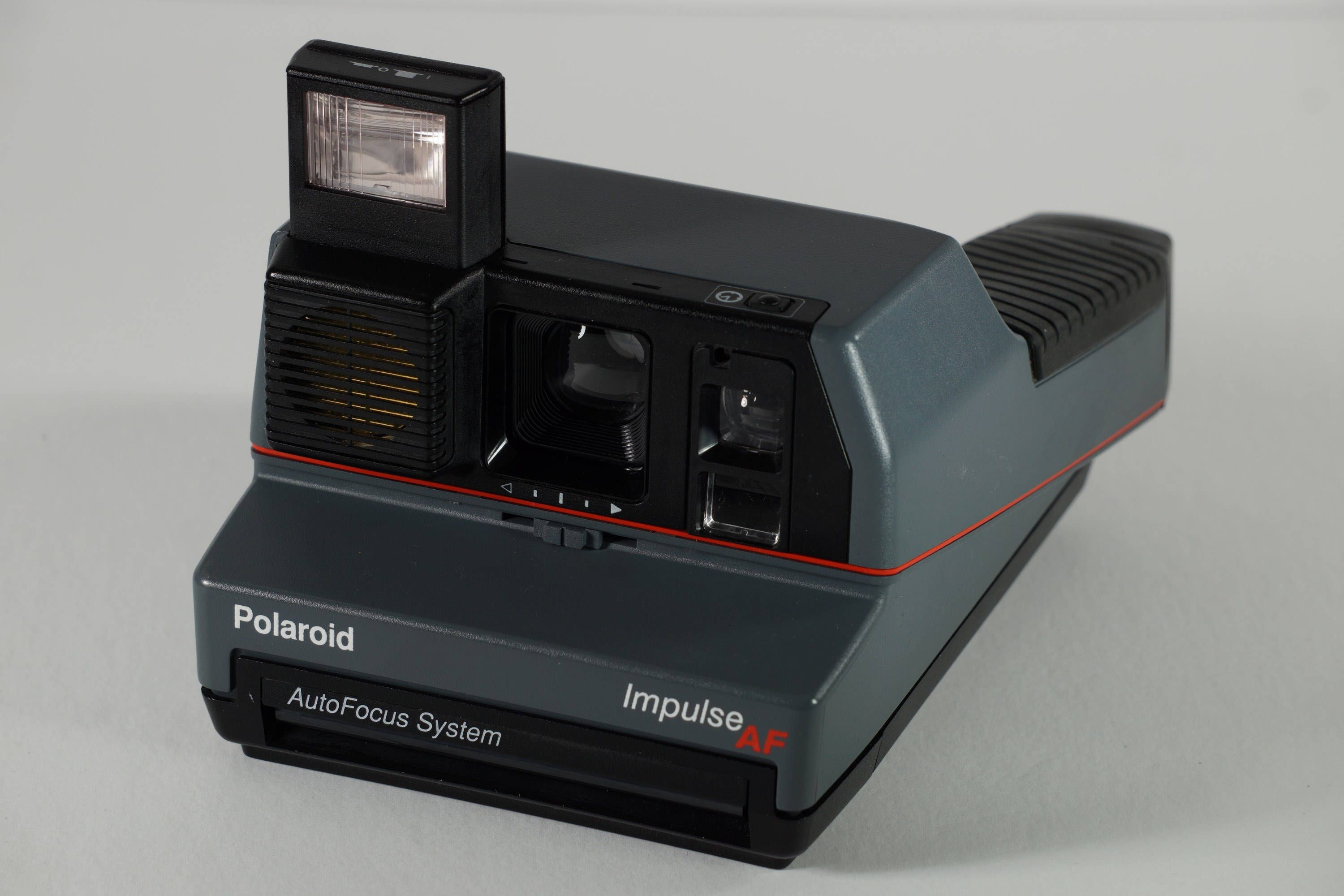 Polaroid Impulse Af Instant Camera Autofocus System For 600 Instant Film With Case And Manual By Cgarcrafts O Instant Camera Instant Film Vintage Electronics