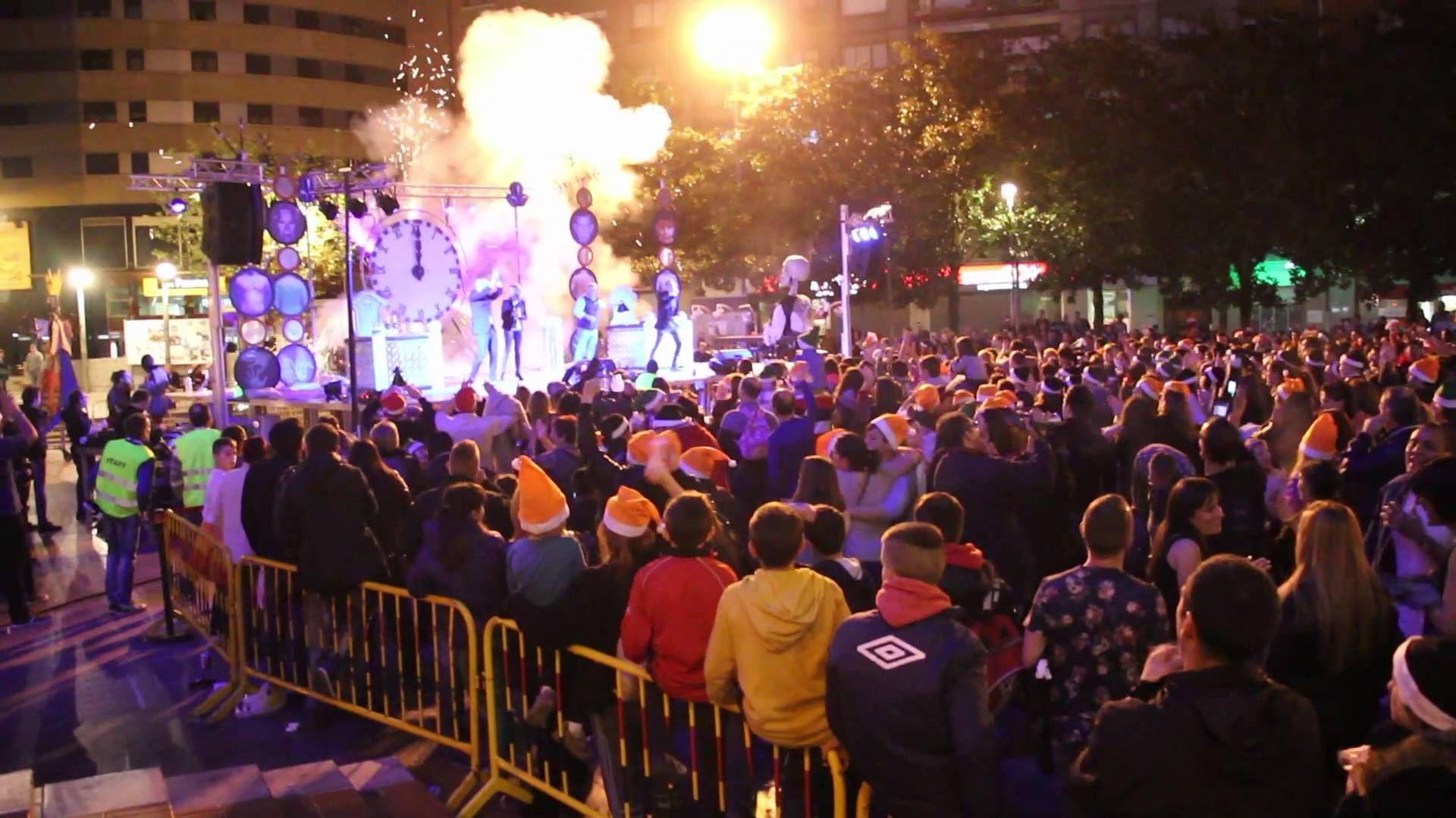 Barakaldo celebra su nochevieja adelanta con miles de personas
