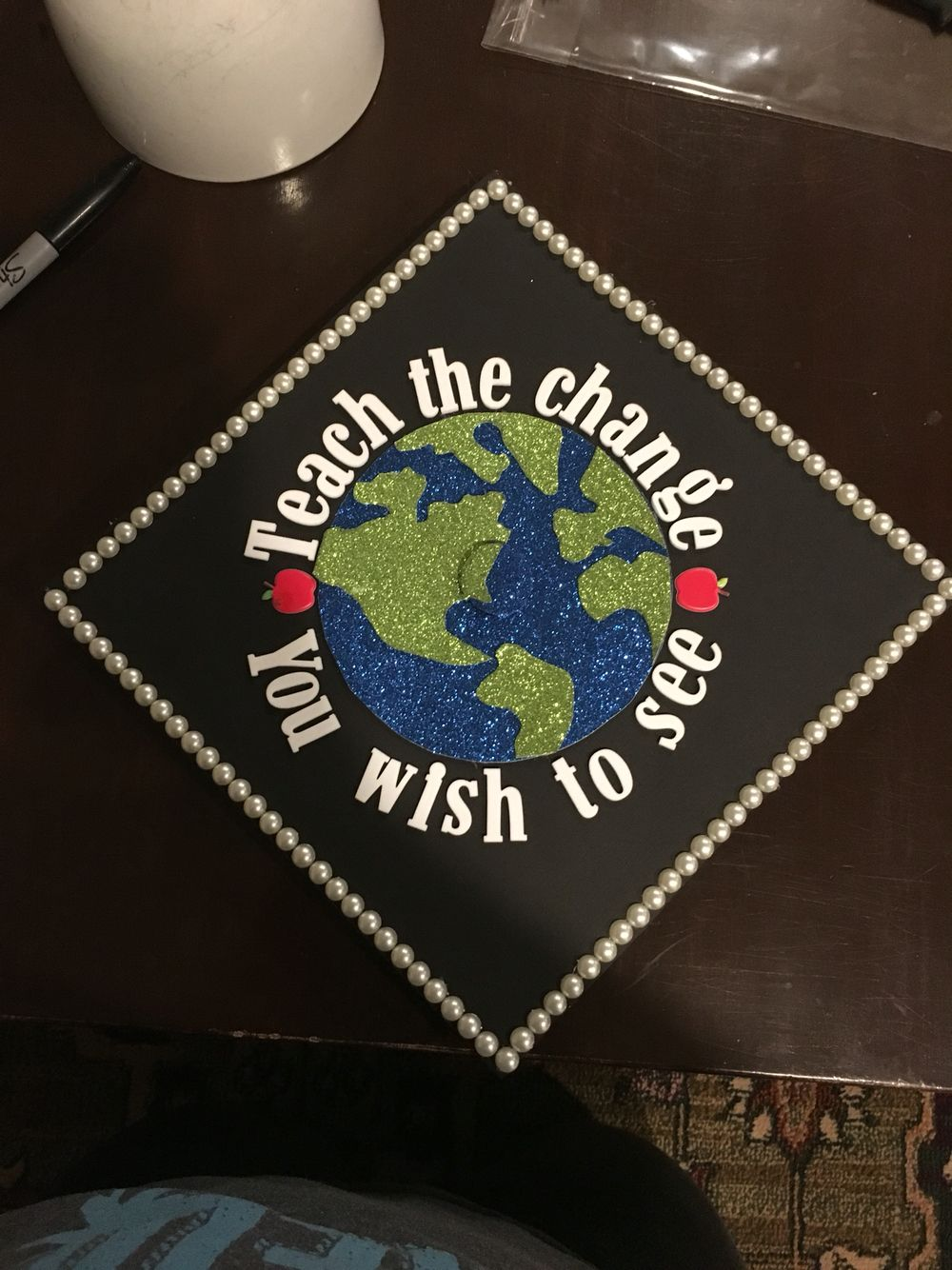 Decorating graduation cap ideas for teachers -  Decorated Graduation Caps Teacher Graduation Caps See More Https S Media Cache Ak0 Pinimg Com