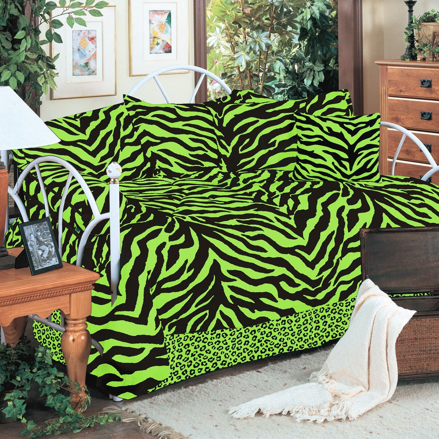 - Pin By Kimlor Mills On Zebra Lime Daybed Cover Sets, Daybed