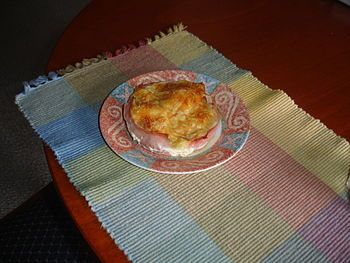 Cazuela Gallega is a delicious egg, ham and cheese casserole recipe on Recidemia that is good for breakfast or dinner.