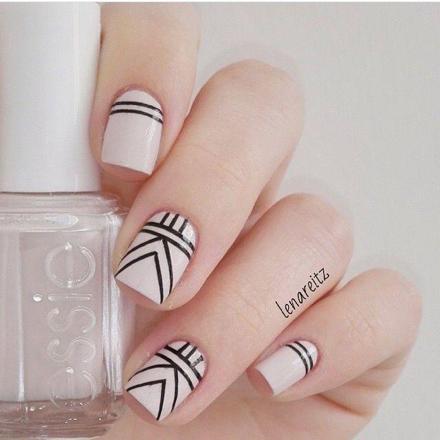 Líneas | Uñas decoradas con lineas, Manicura de uñas, Uñas sencillas