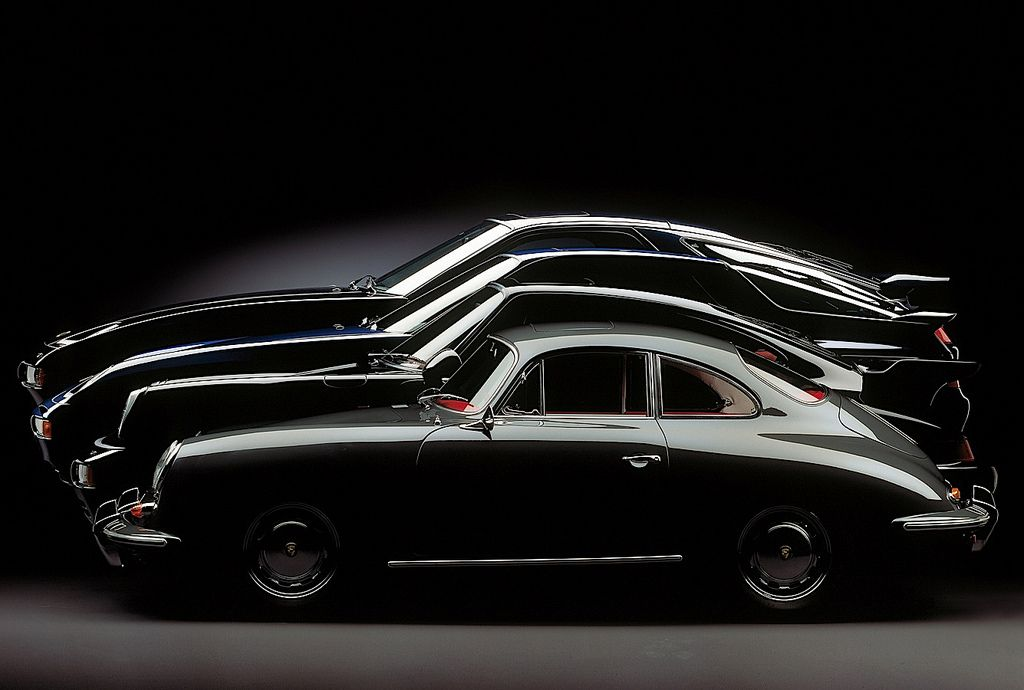 Family growth Starring: Porsche 356, 964 Turbo, 968 and 928 GTS (by Auto Clasico)