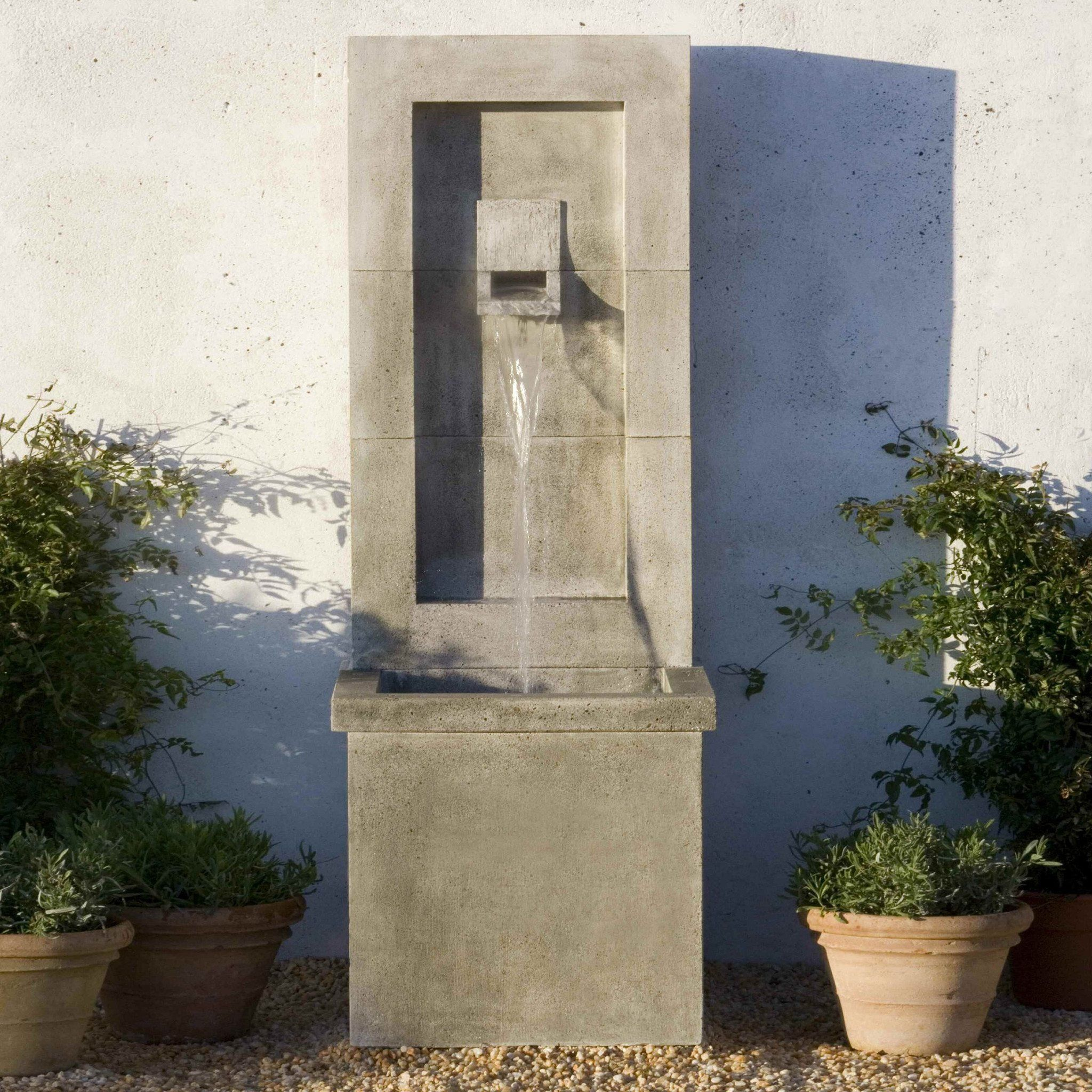 Moderne Wall Outdoor Fountain in 2019 Landscaping