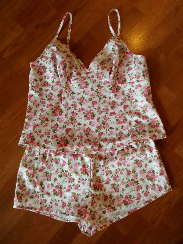 Lovely Fifi pyjamas, pattern by Tilly and the Buttons
