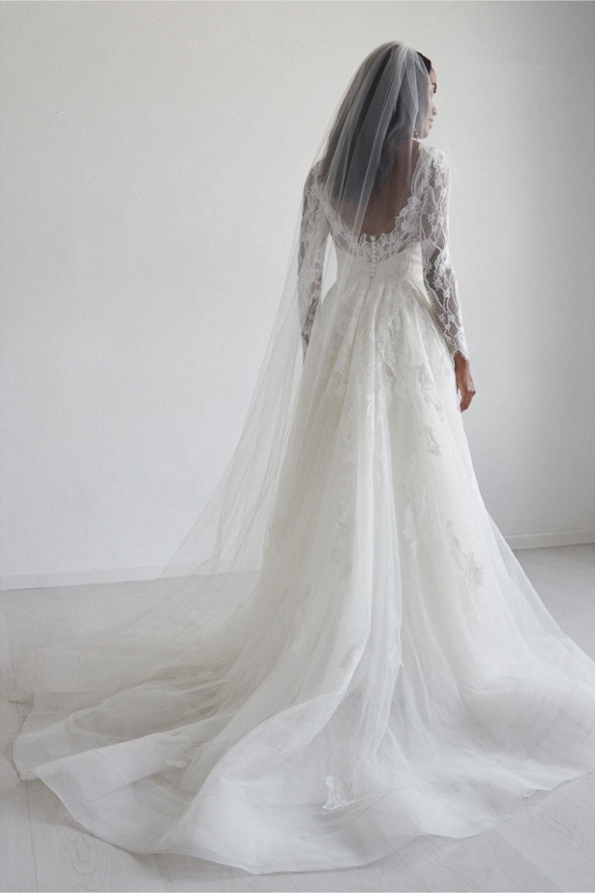 Watters Ambra Long Sleeve Wedding Dress Lace Wedding Gowns Lace Long Sleeve Wedding Gowns [ 1801 x 1200 Pixel ]