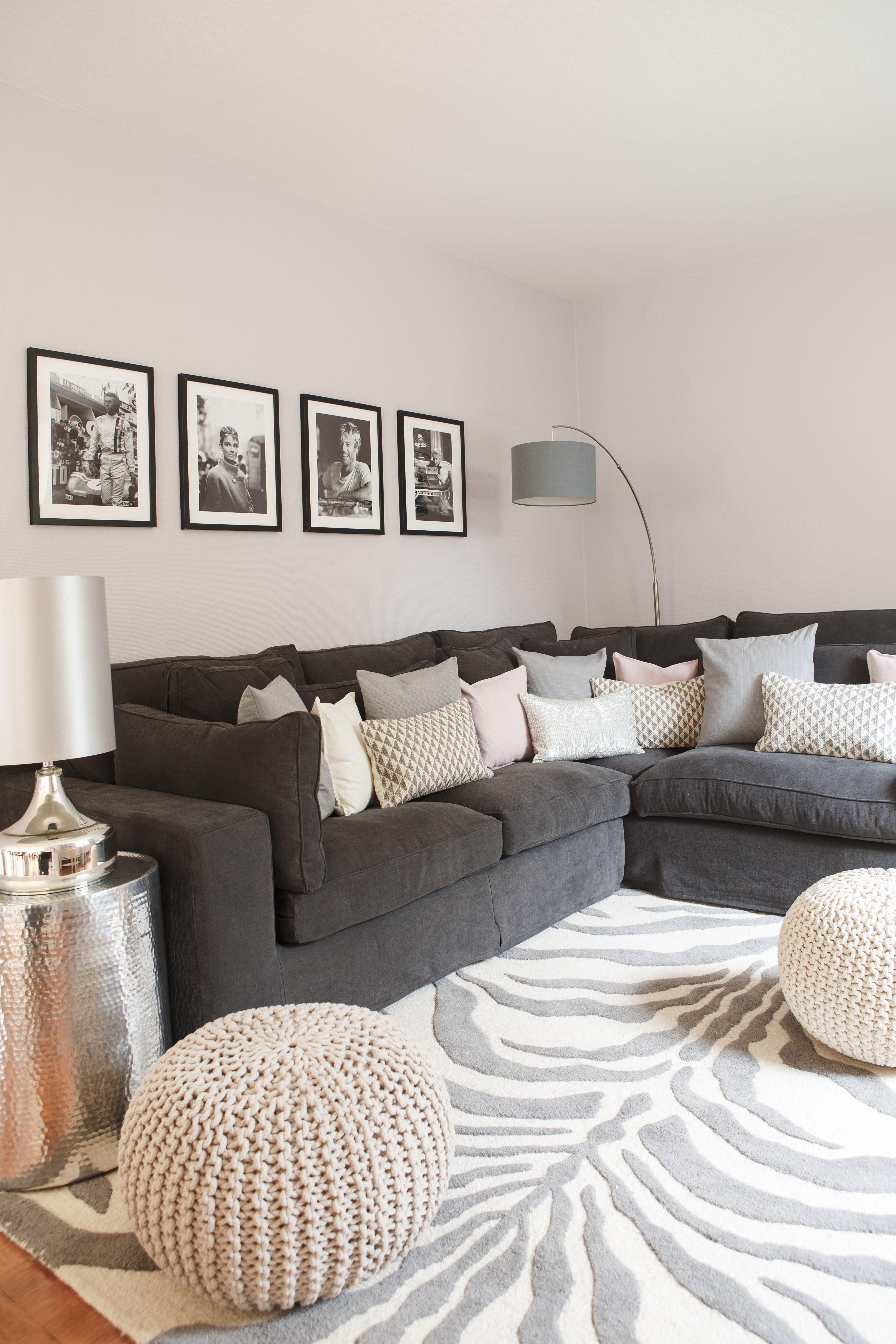 wohnzimmer deko grau rosa:Wohnzimmer Grau Mint: Wohnzimmer couch auf couchtisch weiß hochglanz