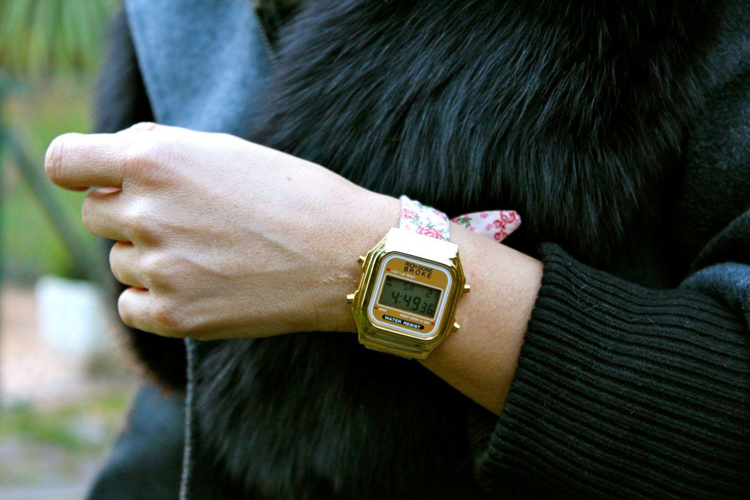 Fashion and Style Blog / Blog de Moda . Post: Mi Look / My Look .More pictures on/ Más fotos en : http://www.ohmylooks.com/?p=25841 .Llevo/I wear: Coat / Abrigo : Sheinside ; Watch / Reloj : Rich Gone Broke (via Arte Móvil Joyeros) ; Jeans : Hollister ; Bag / Bolso : Louis Vuitton ; Ring / Anillo : Coolook ; Boots / Botas : Pilar Burgos.