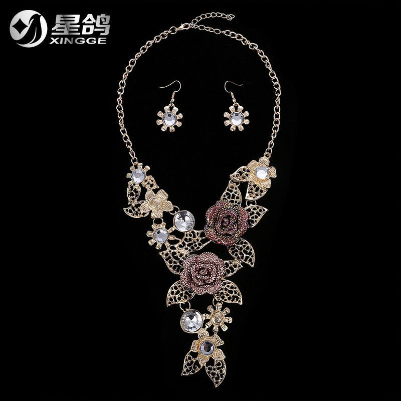New 2016 Charming Resin Rose Flower Necklaces Earrings Fashion Hollow Leaf Sunflower Statement Jewelry Set 051KKW