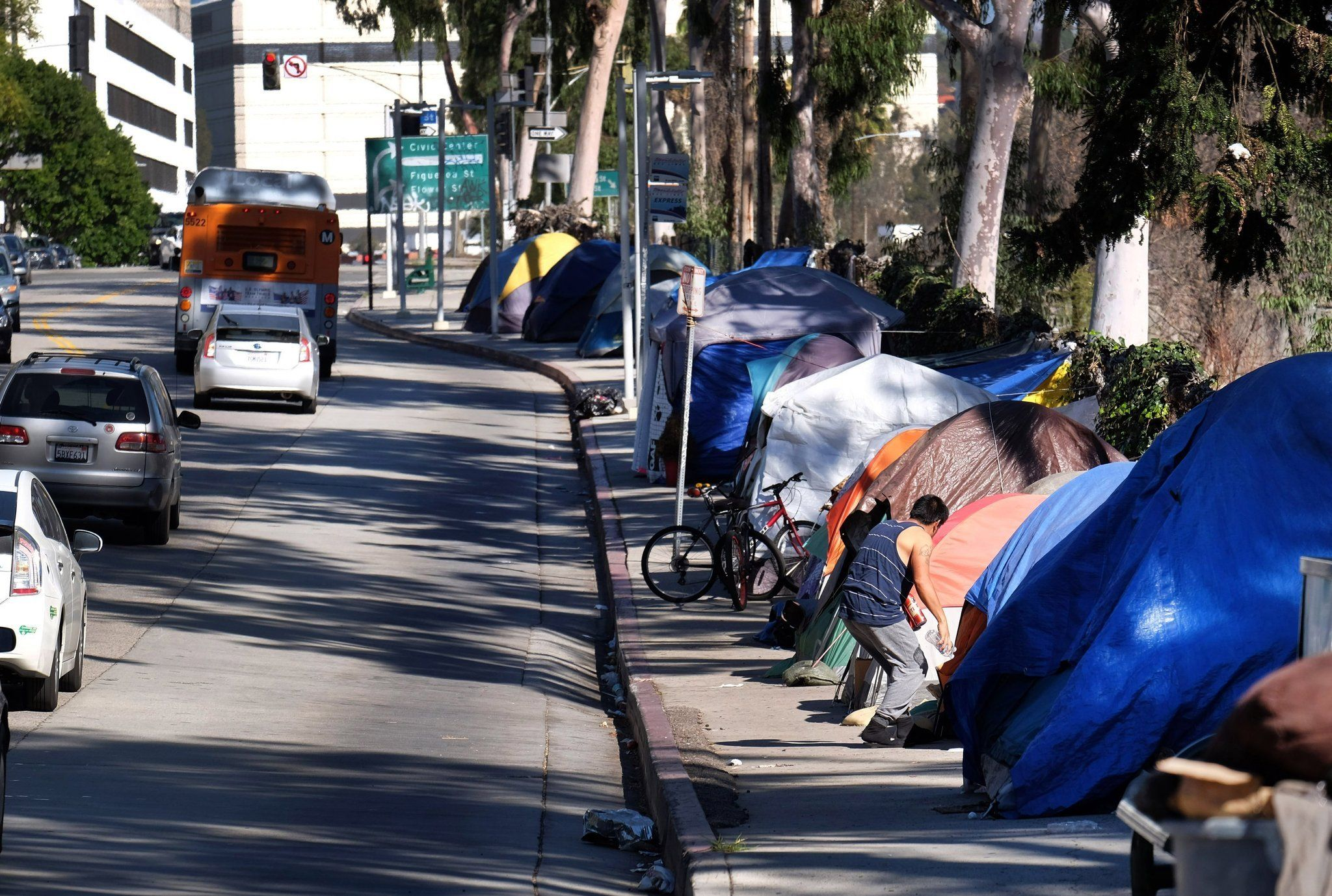 Editorial L A Finally Passes A Unified Plan To Help The Homeless Now The Hard Part Begins Homeless People Homeless Helping The Homeless