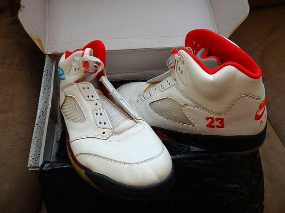 99 Air Jordan Rouge Feu V Retrospec