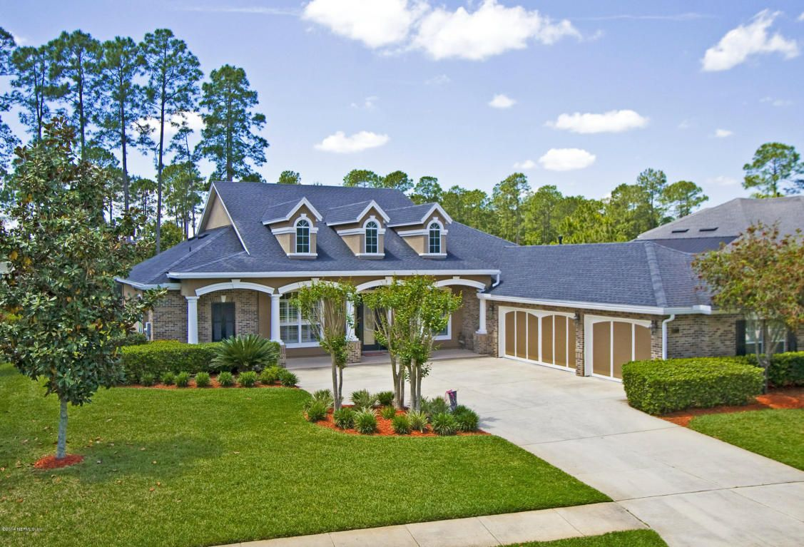 St Johns Golf And Cc Is A Newer Non Gated Golf Course Community Off Of Cr 210 Arvida Built The Majority Of The Ho Golf Course Community Palencia House Styles
