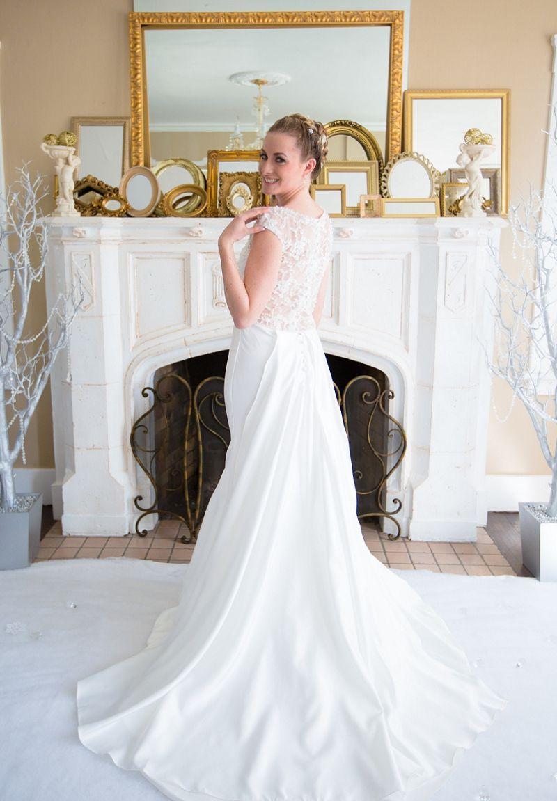Frozen Inspired Indoor Winter Wedding Amen Photography Reno Nevada Emberelorza