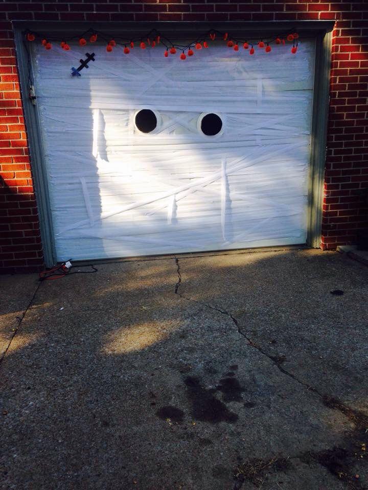 Halloween garage door. See more at http//www