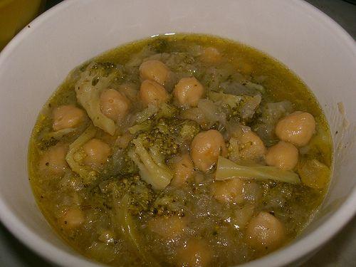Chickpea And Broccoli Stew Revithada Vegetarian Chickpea Garbanzo Beans