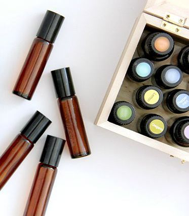 Favorite Family Essential OIl Roll on Blends // SmashedPeasandCarrot.com
